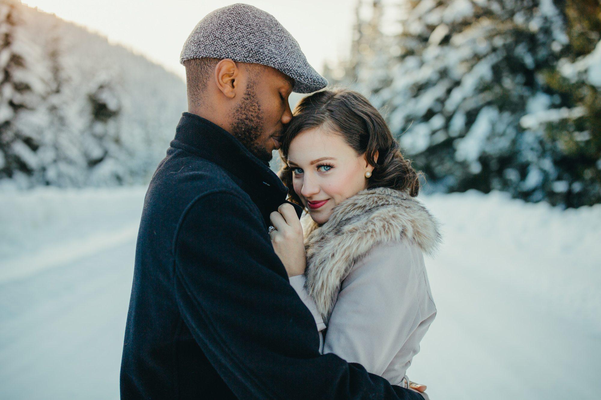 007-adventure-engagement-photographer