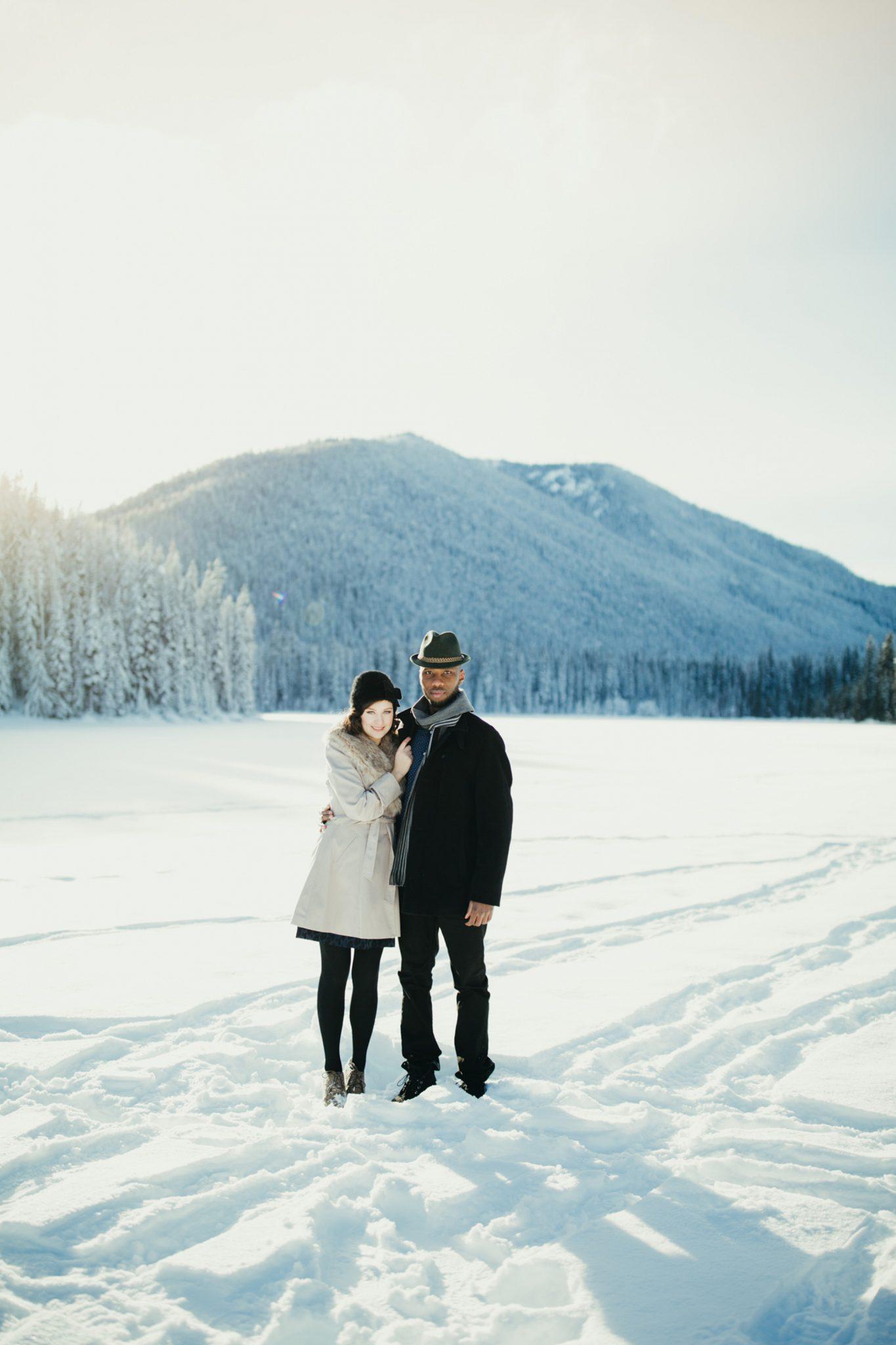 019-adventure-engagement-photographer