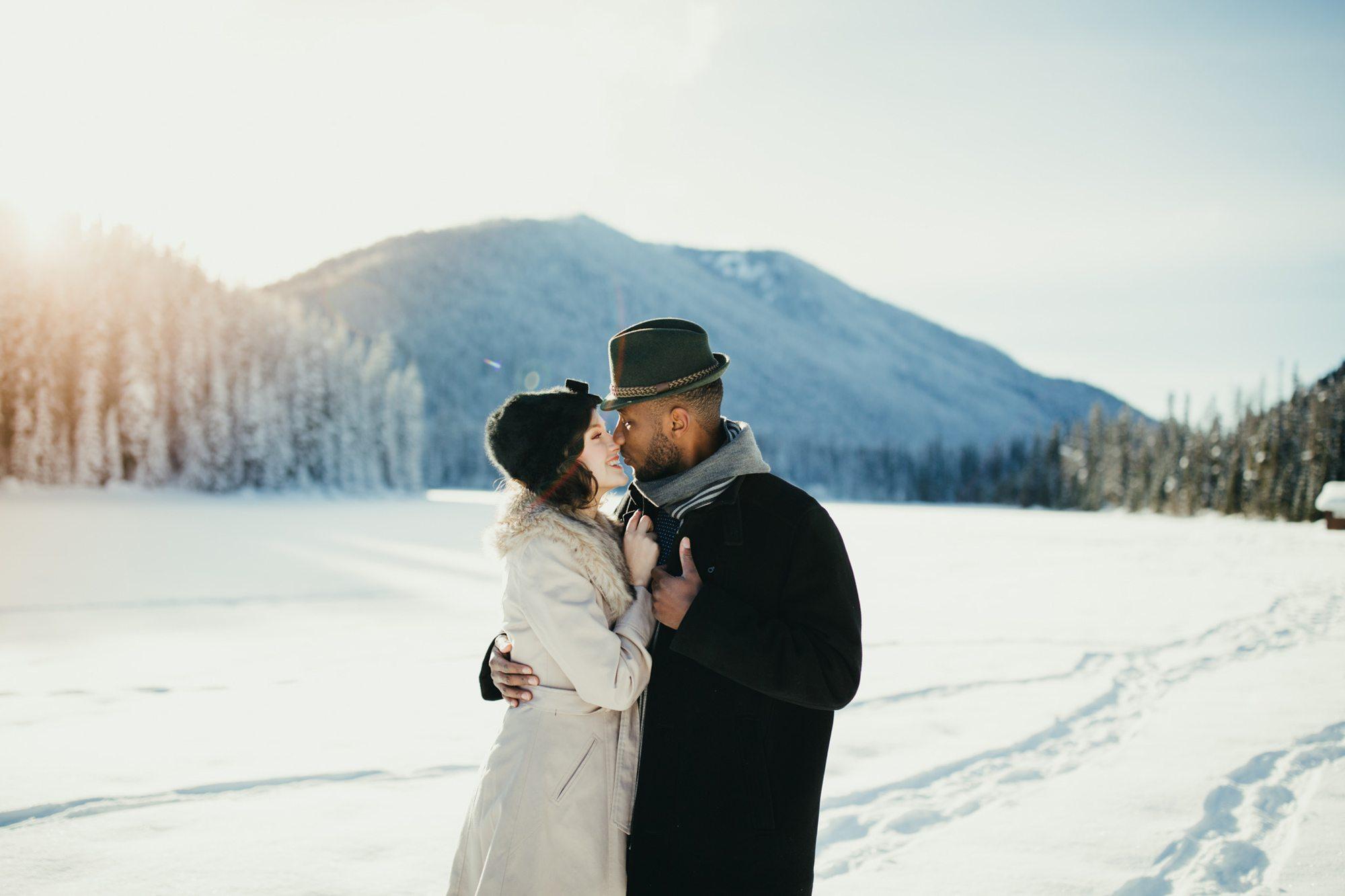 022-adventure-engagement-photographer