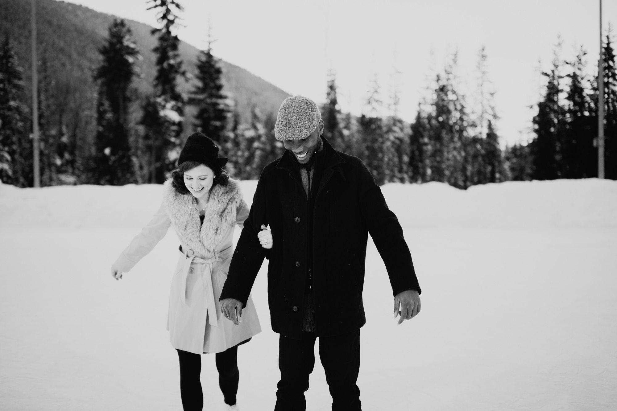 071-adventure-engagement-photographer