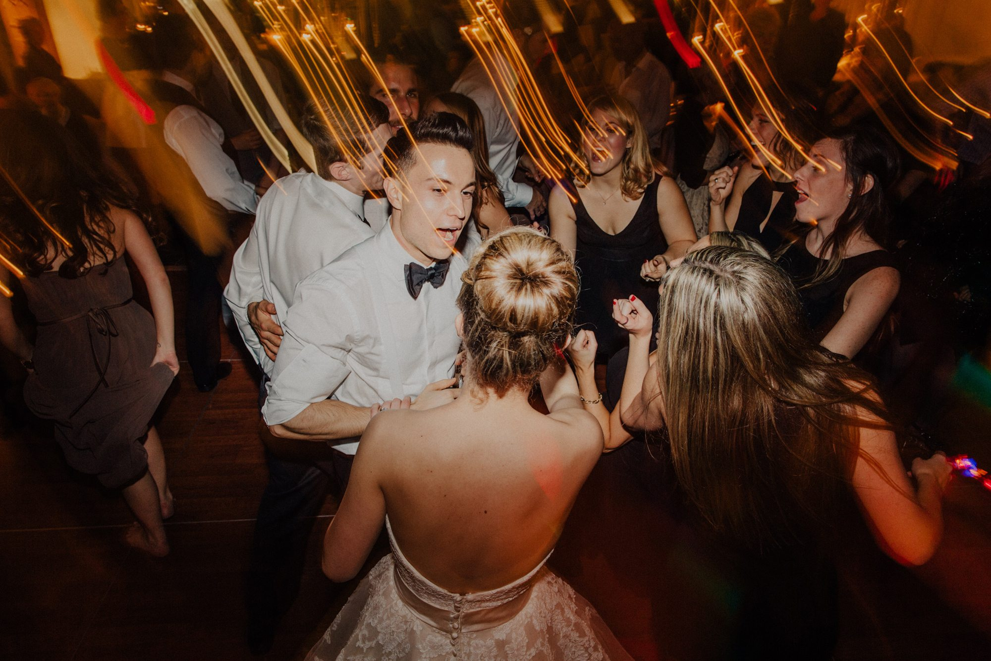 099-vancouver-wedding-photographer