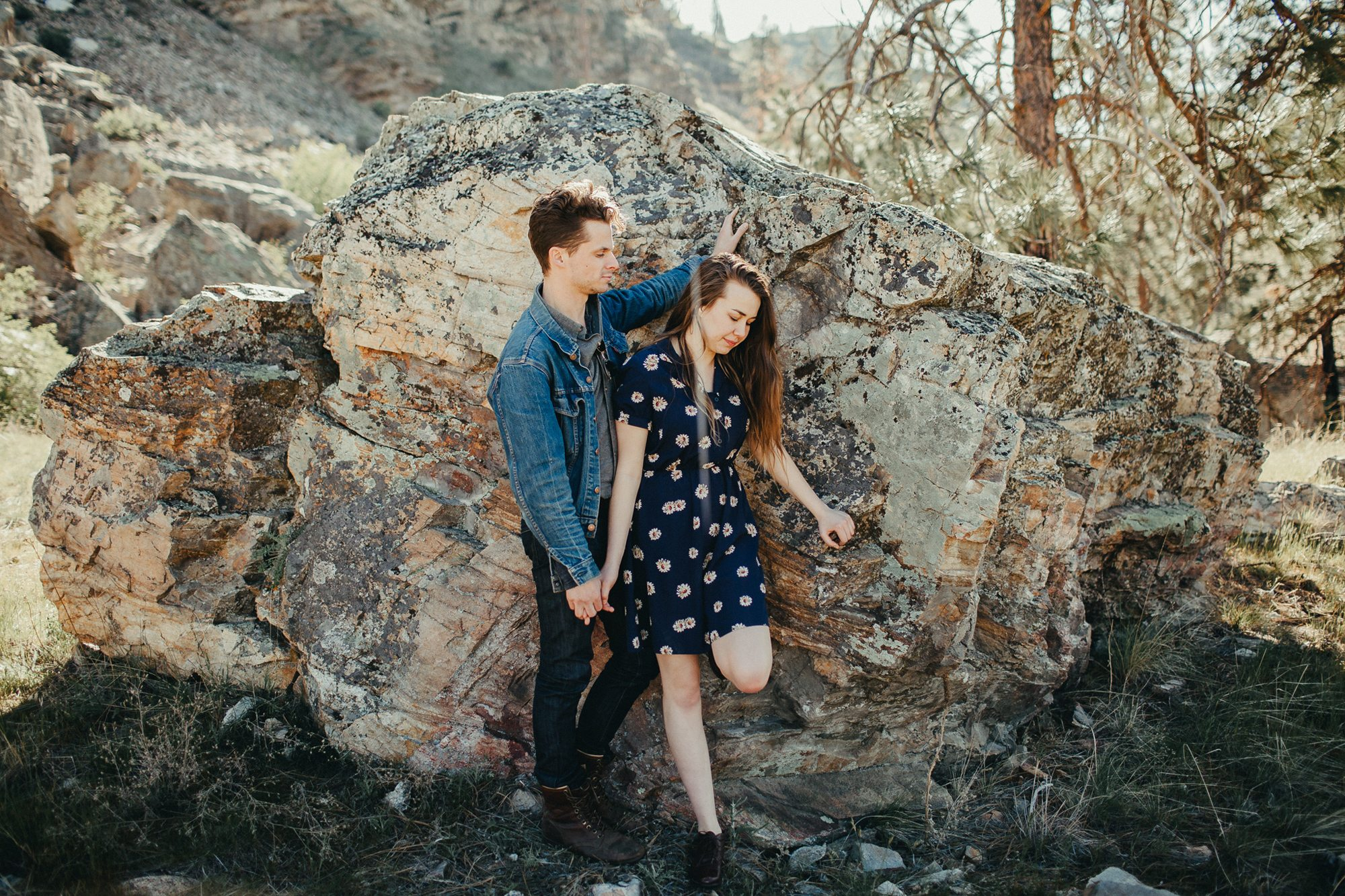 211-kelowna-engagement-photographer