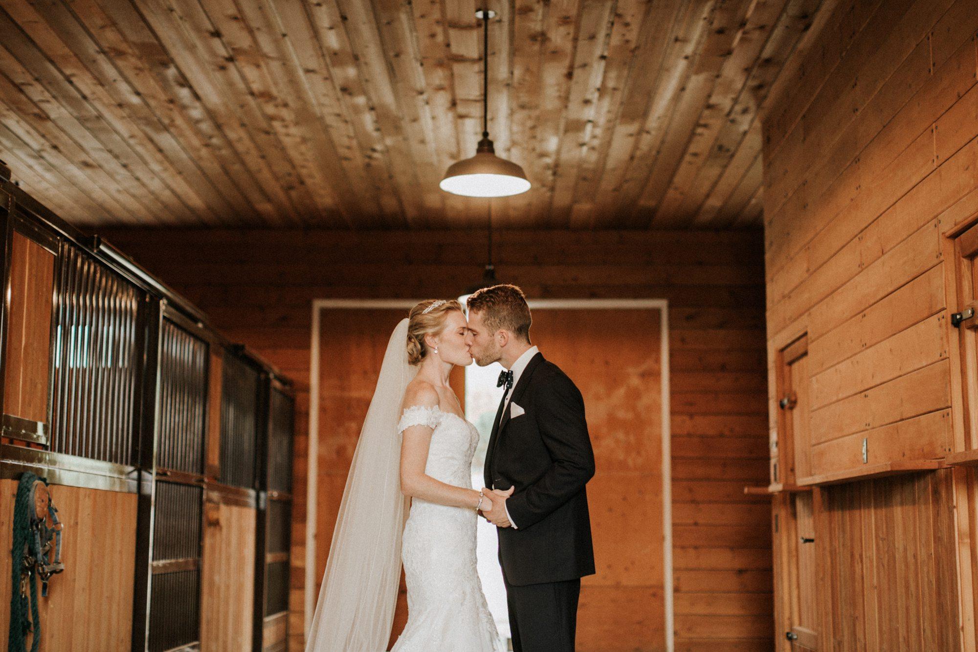 283-kelowna-wedding-photographer