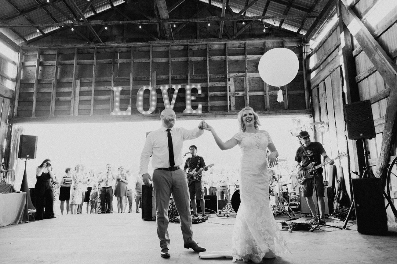 351-vernon-wedding-photographer