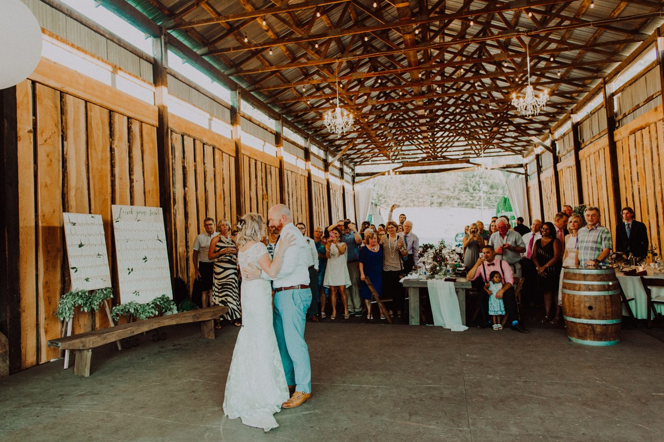 352-vernon-wedding-photographer