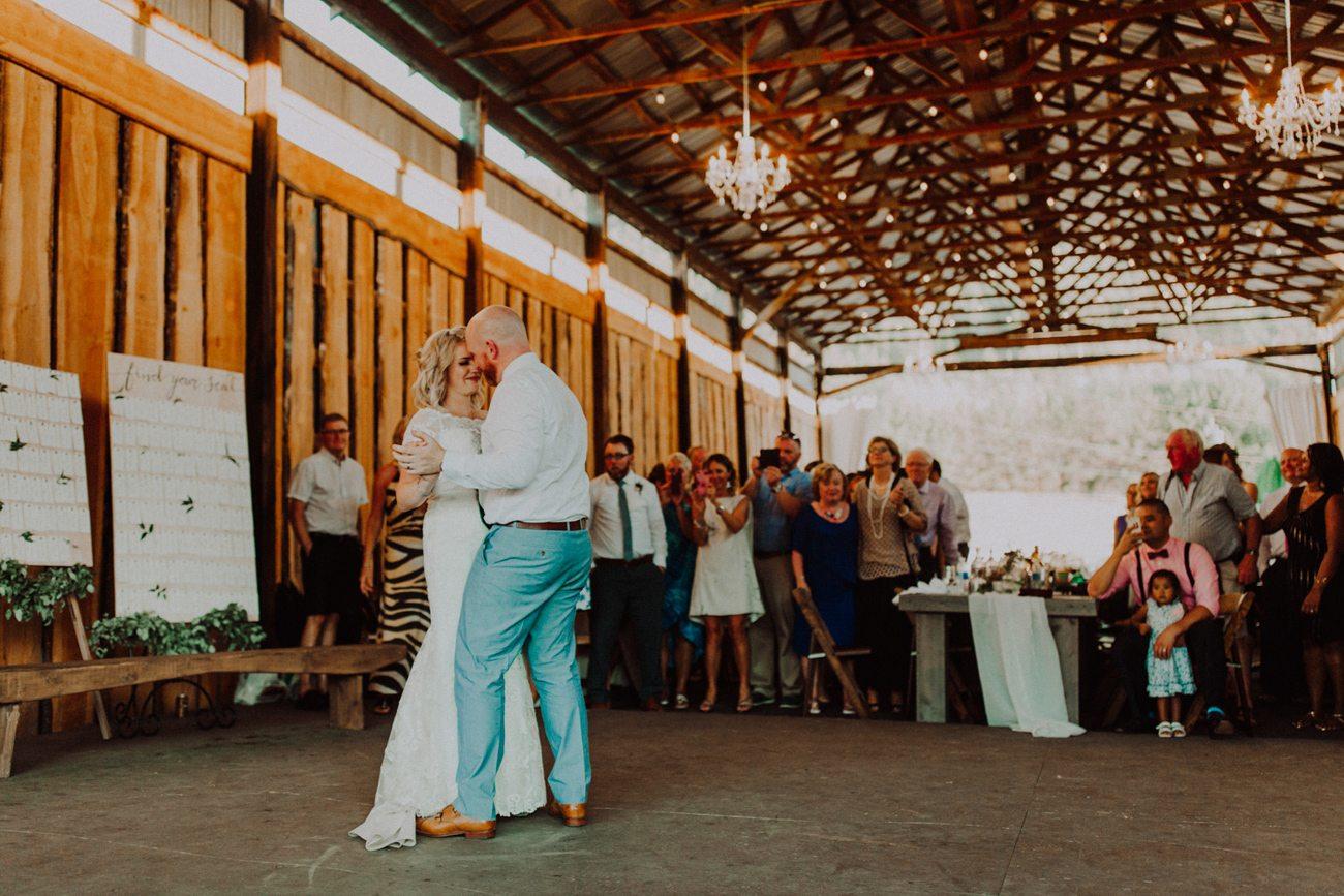 353-vernon-wedding-photographer