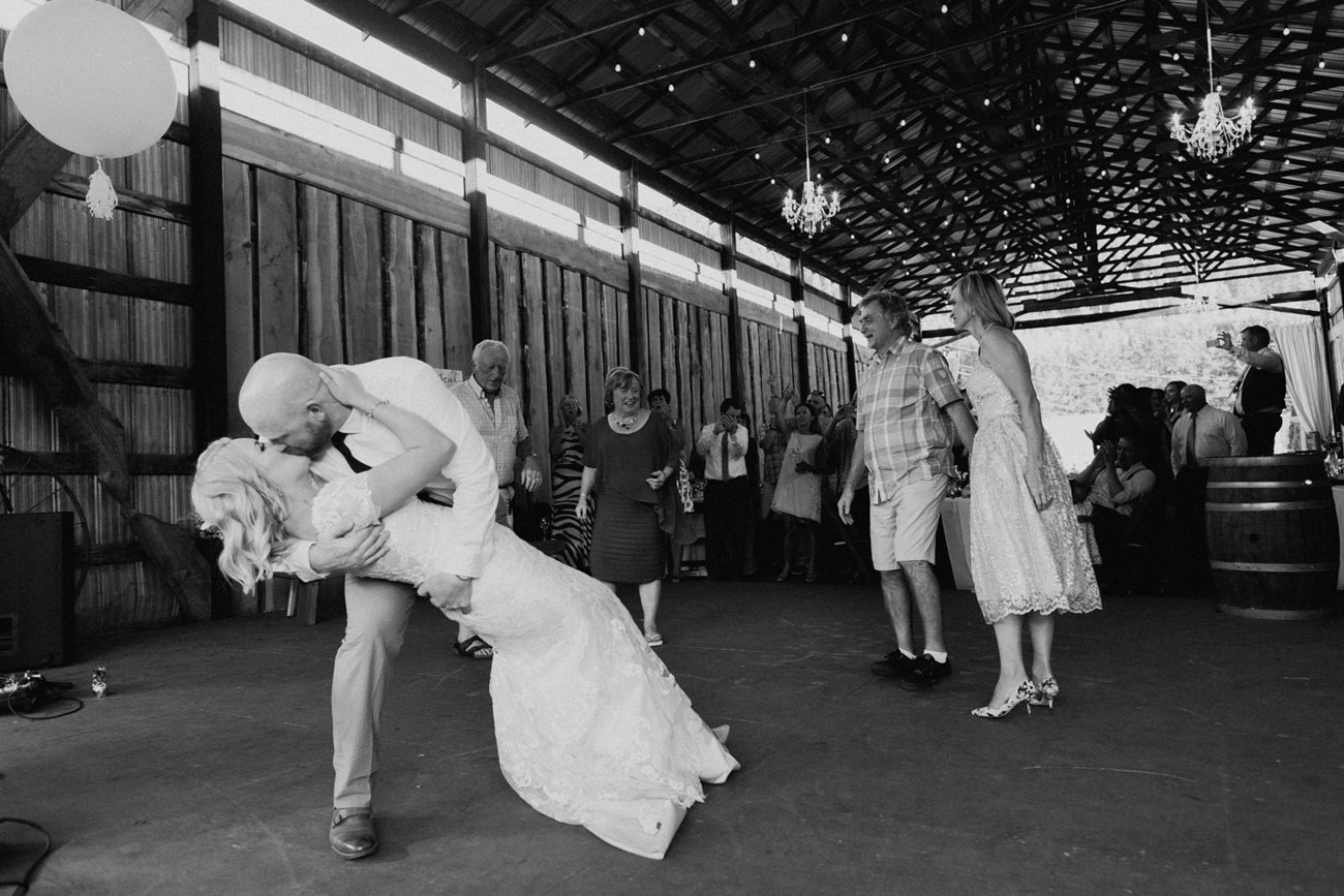358-vernon-wedding-photographer