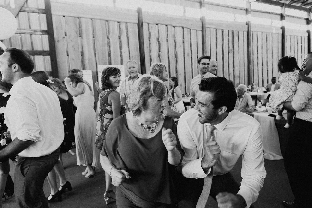 359-vernon-wedding-photographer