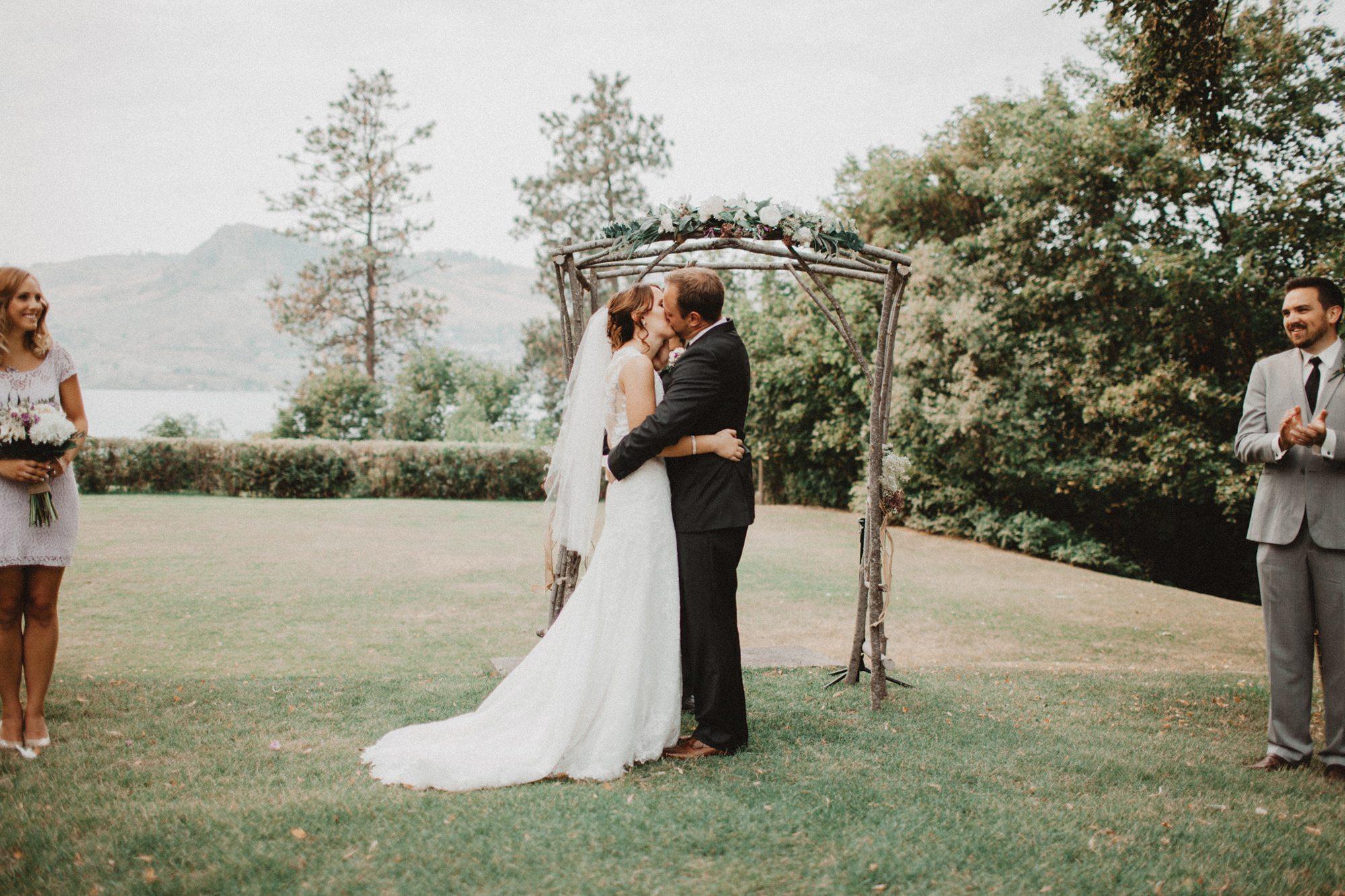 459-vernon-wedding-photographer