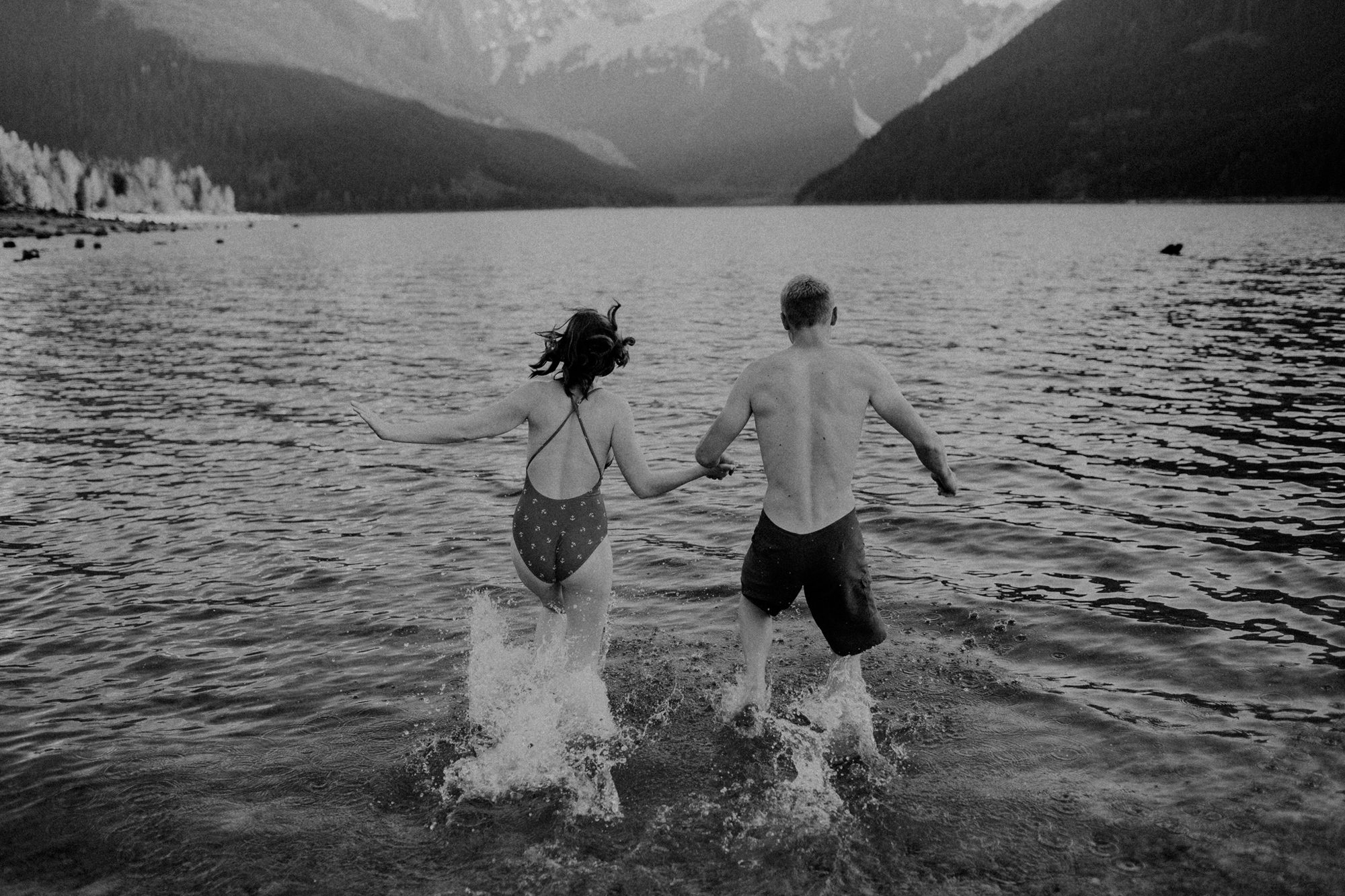 569-manning-park-engagement-photographer
