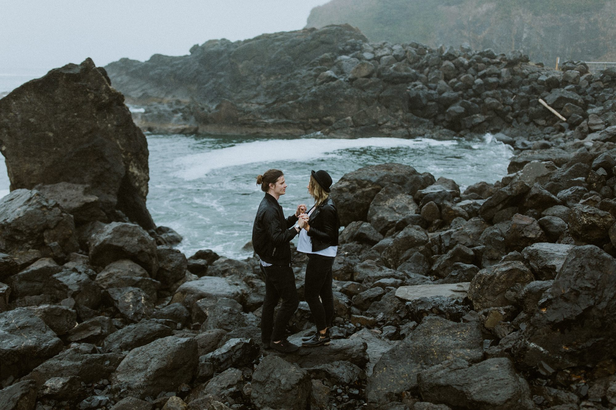 774-adventure-engagement-photographer