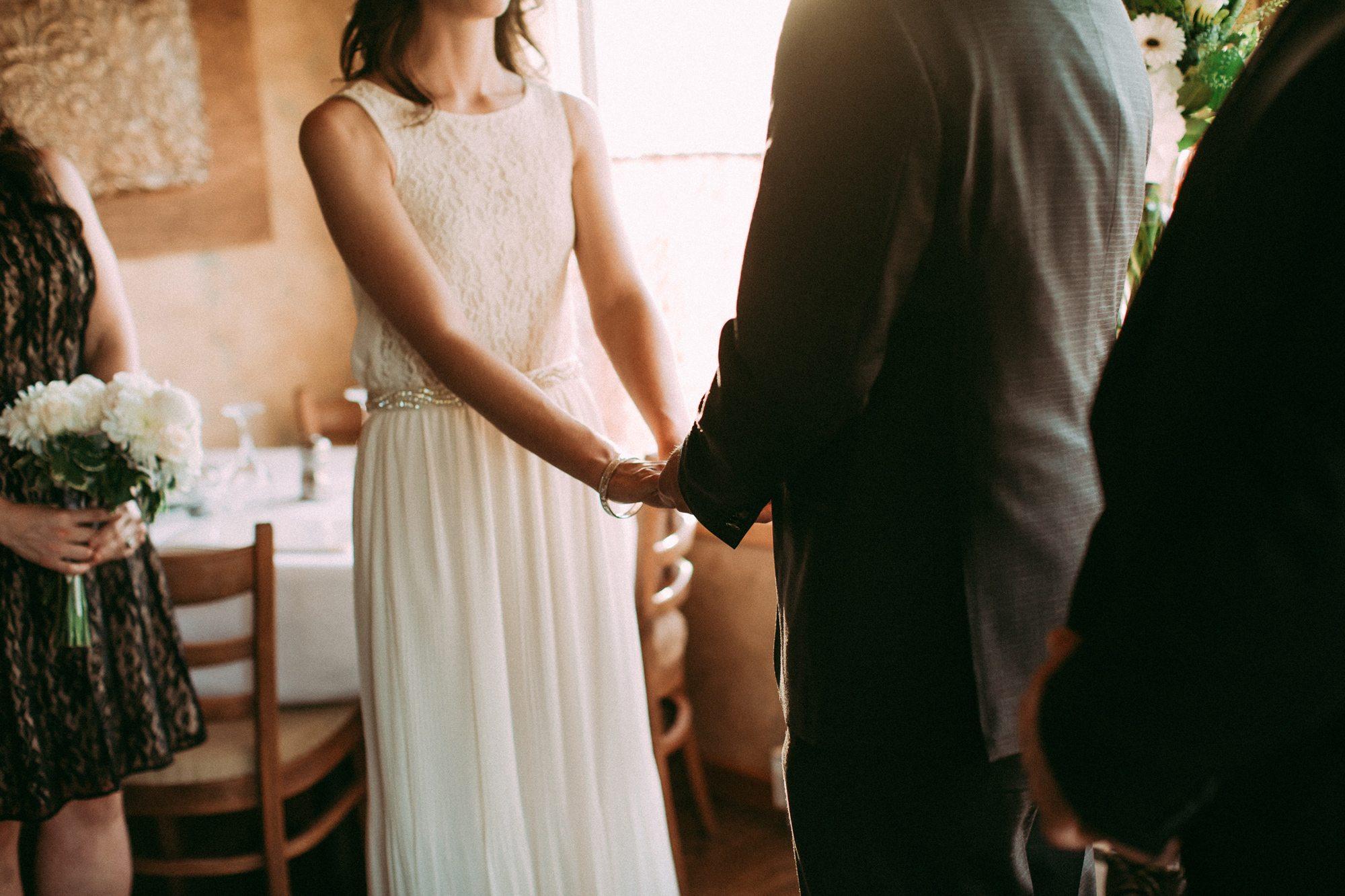 910-vancouver-elopement-photographer