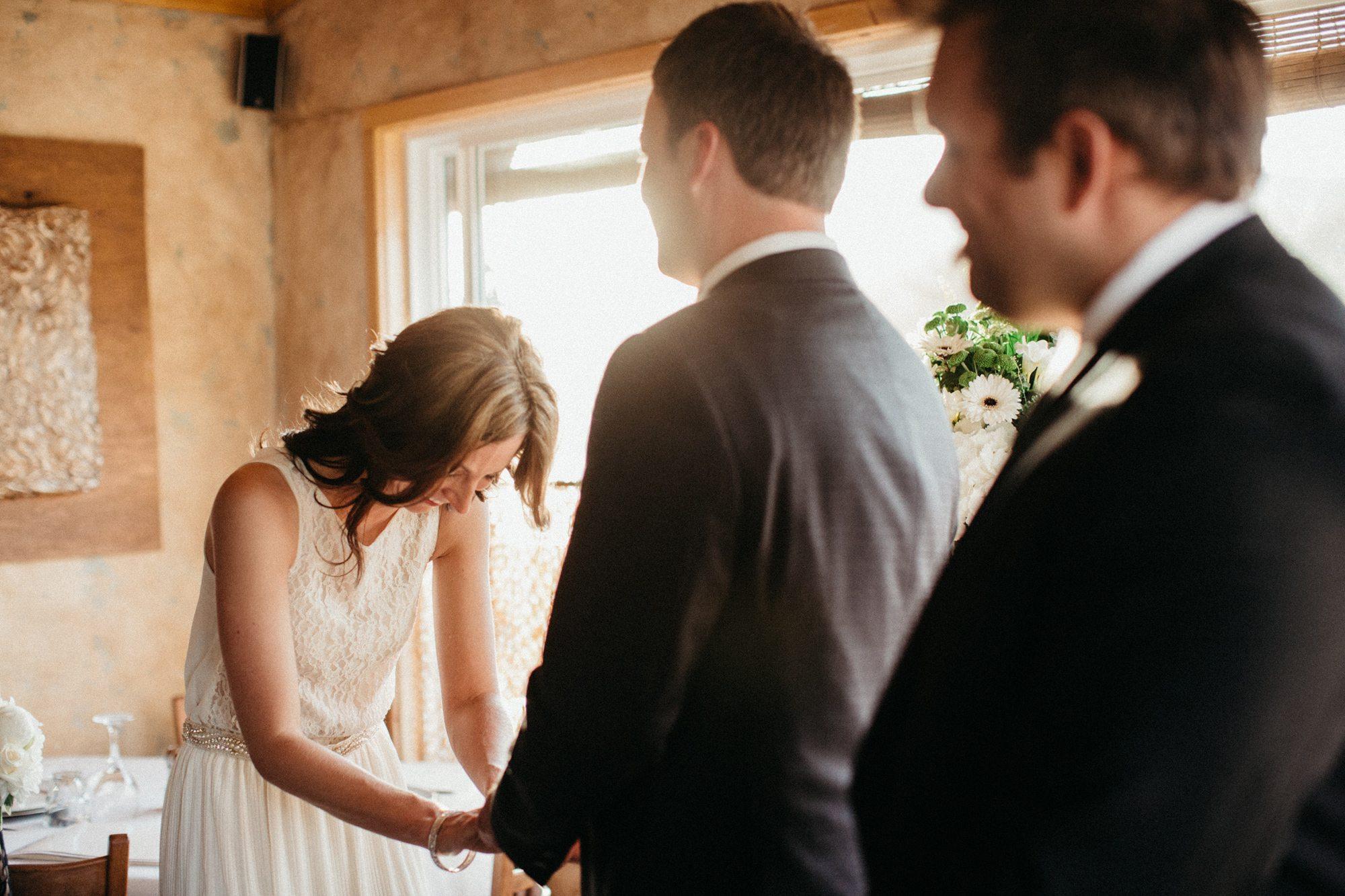 911-vancouver-elopement-photographer