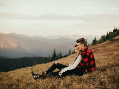 Hannah + Joey  // Manning Park Engagement Photographer